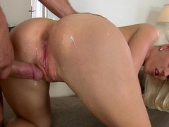 Two Europeans gets fucked and creamed