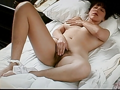 shaggy pitts,legs and pussy, playing with her nice nipples.